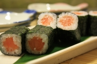 514.Salmon Roll