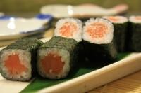 514.Salmon Roll
