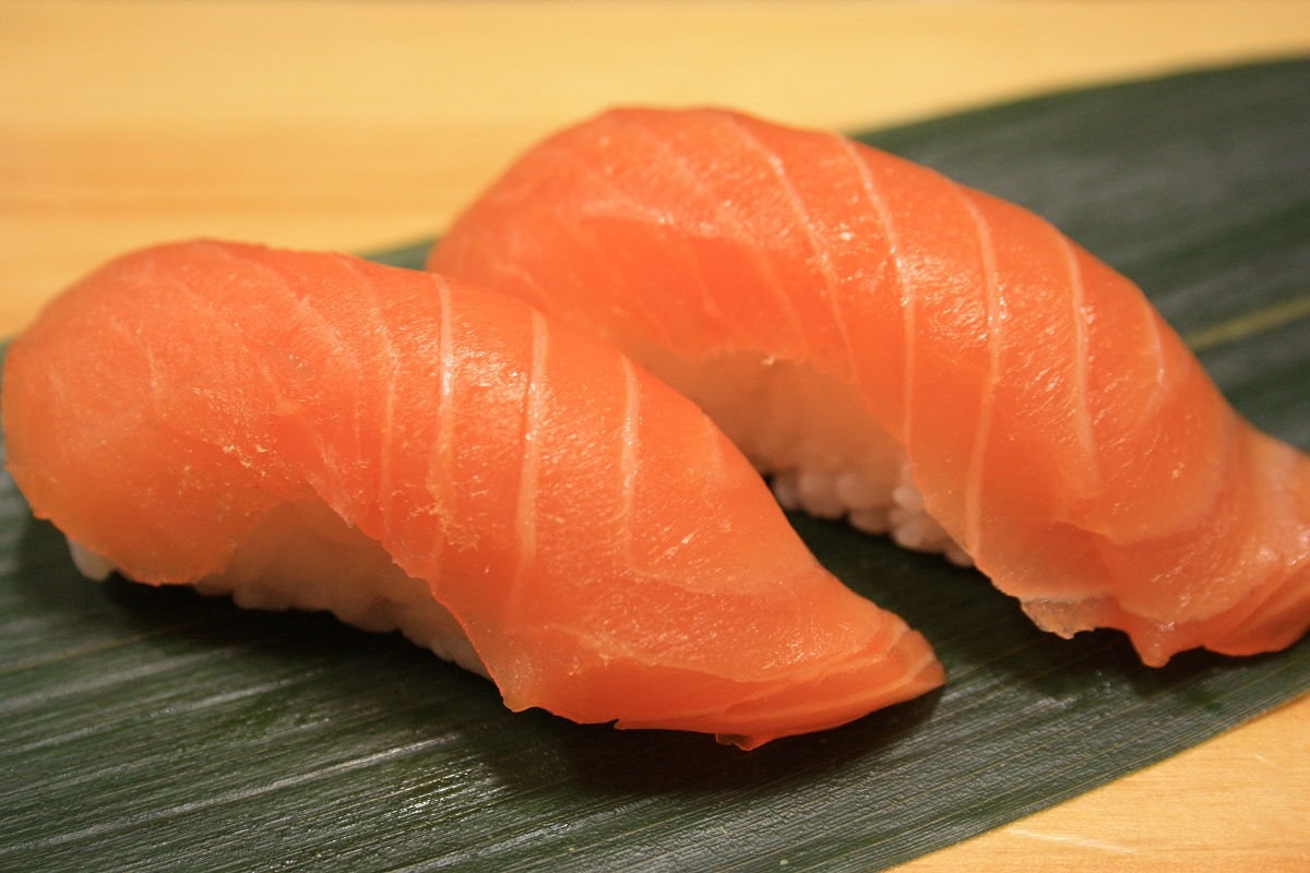 401. Salmon Nigiri