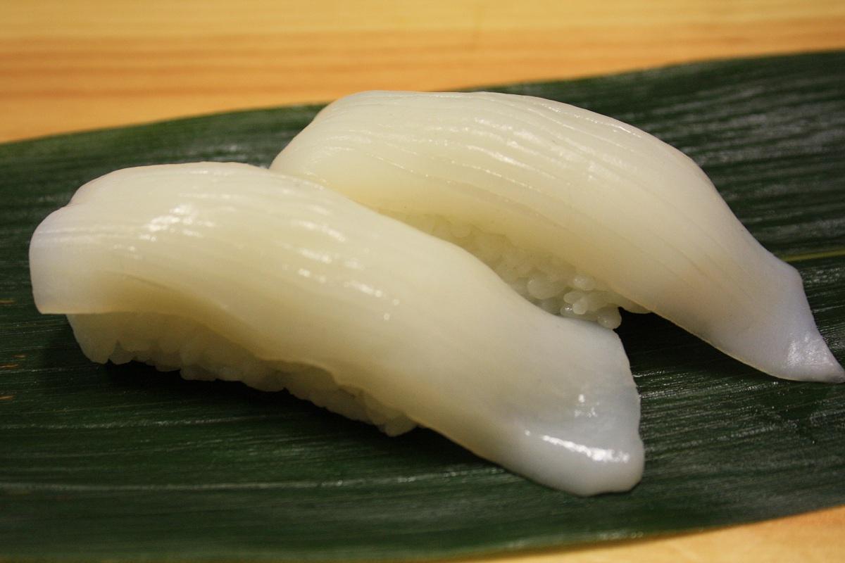 404. Ika (Squid) Nigiri